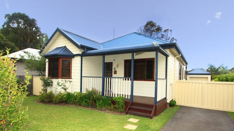 4 Mountview Avenue, Gwynneville, NSW 2500