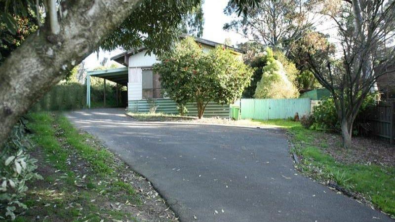 1 Paul Grove, Beaconsfield Upper, Vic 3808