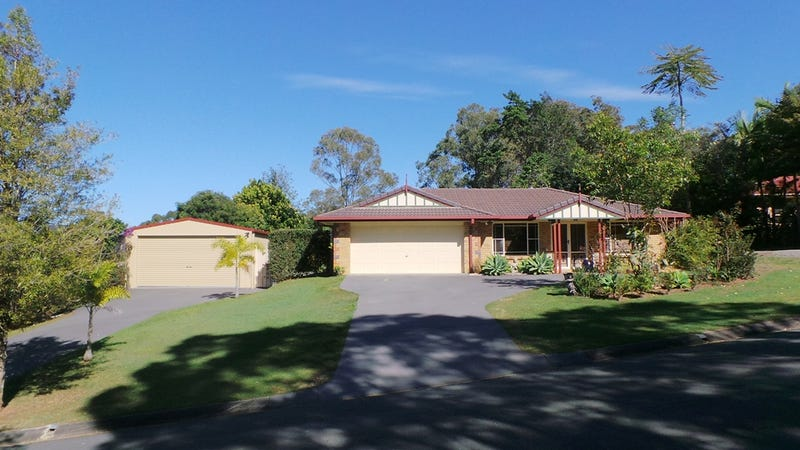 2 knowles place glass house mountains qld 4518