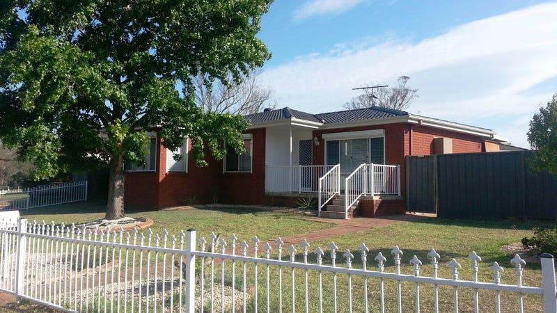 4 Campton Avenue, Cambridge Park, NSW 2747
