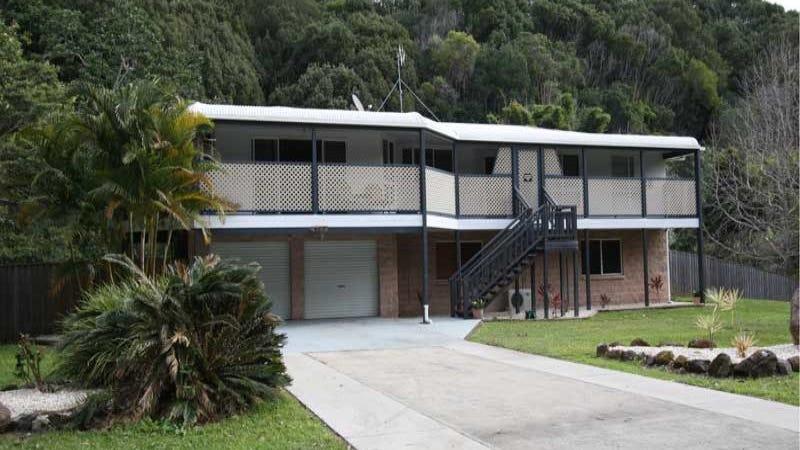 60 Smiths Creek Road, Uki, NSW 2484