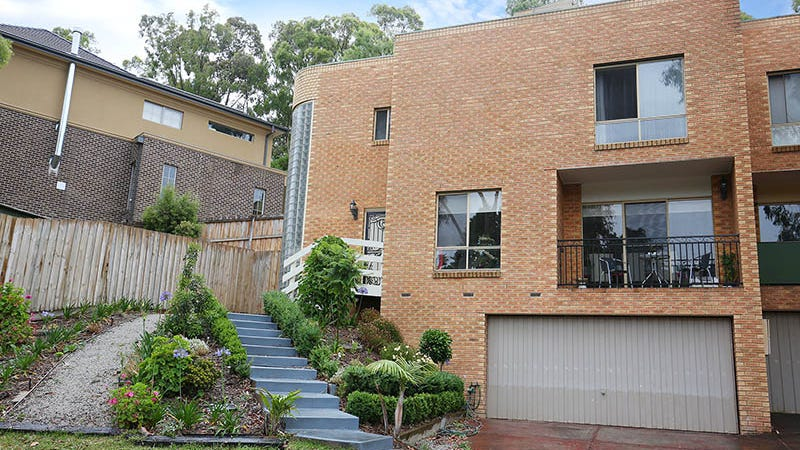 2/13 Mossdale Court, Templestowe, Vic 3106