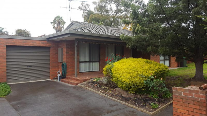 2/1 Mayfield Parade, Strathdale, Vic 3550