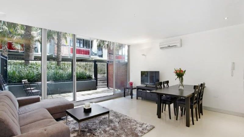 110/1 Danks Street W, Port Melbourne, Vic 3207