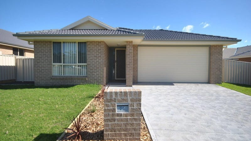 23 Candlebark Close, West Nowra, NSW 2541