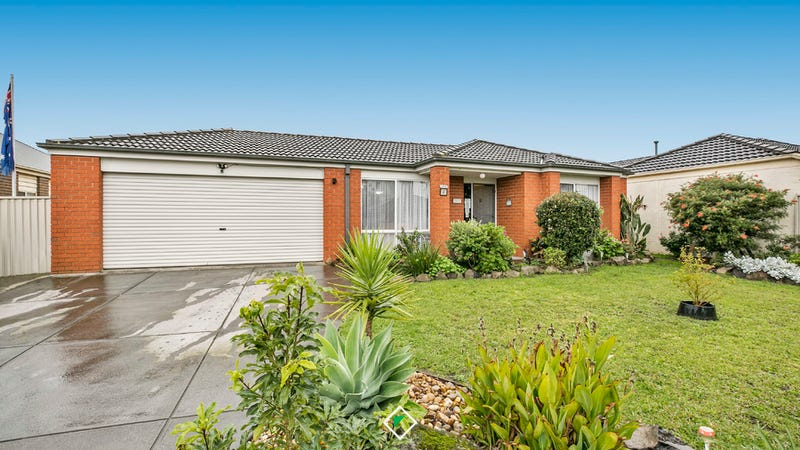 2 Macalister Place, Pakenham, Vic 3810