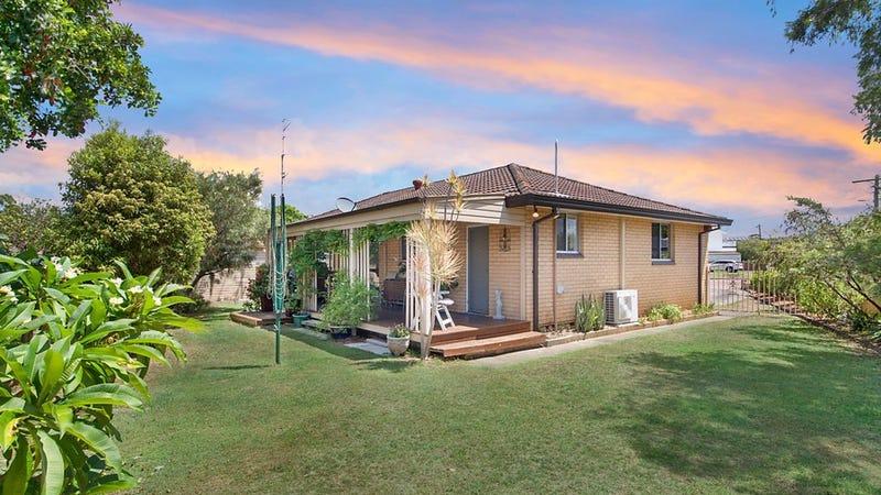 11 Azalea Avenue, Woy Woy, NSW 2256