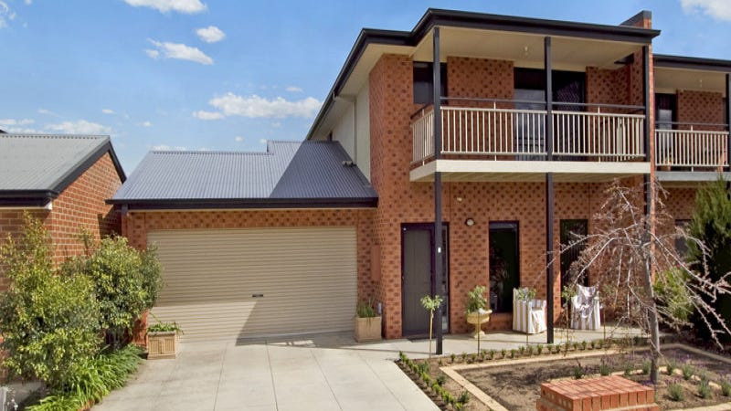 2 Wisteria Court, Flora Hill, Vic 3550