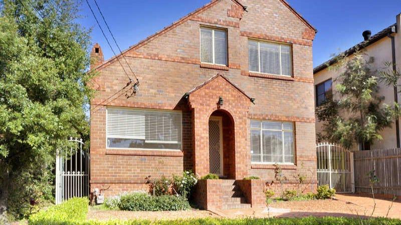 17 Carwar Avenue, Carss Park, NSW 2221