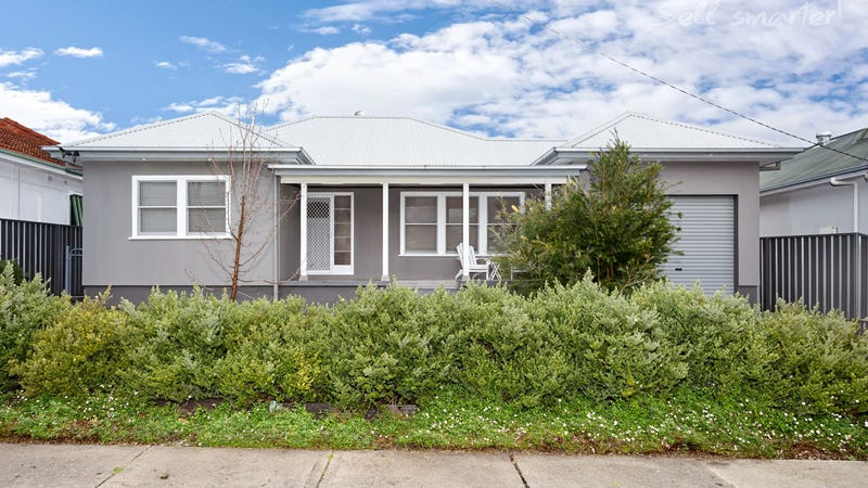 8 Heydon Avenue, Turvey Park, NSW 2650
