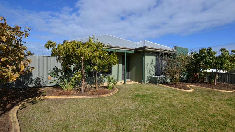 28 Wallingford Cres, Wellard, WA 6170