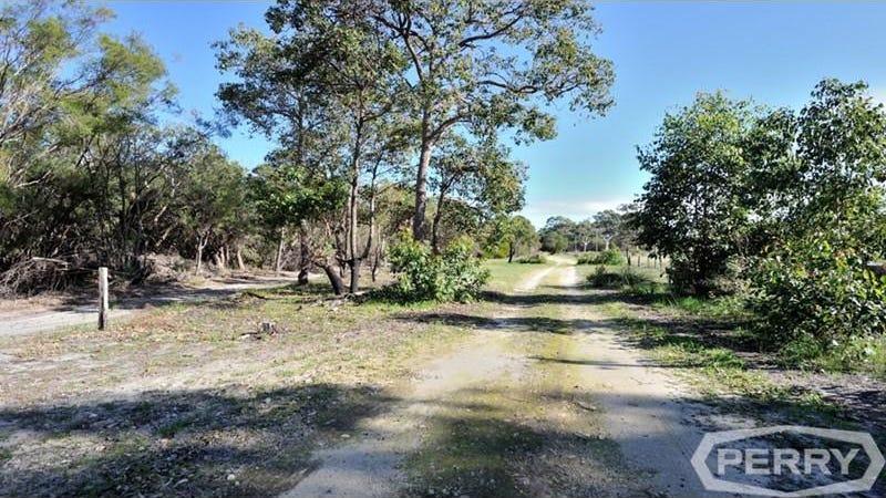 11 Caponi Road, Barragup, WA 6209