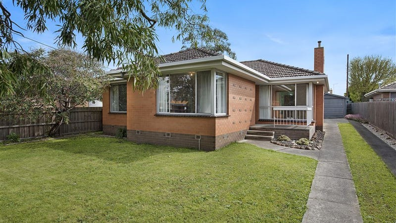 32 Mccurdy Road, Herne Hill, Vic 3218