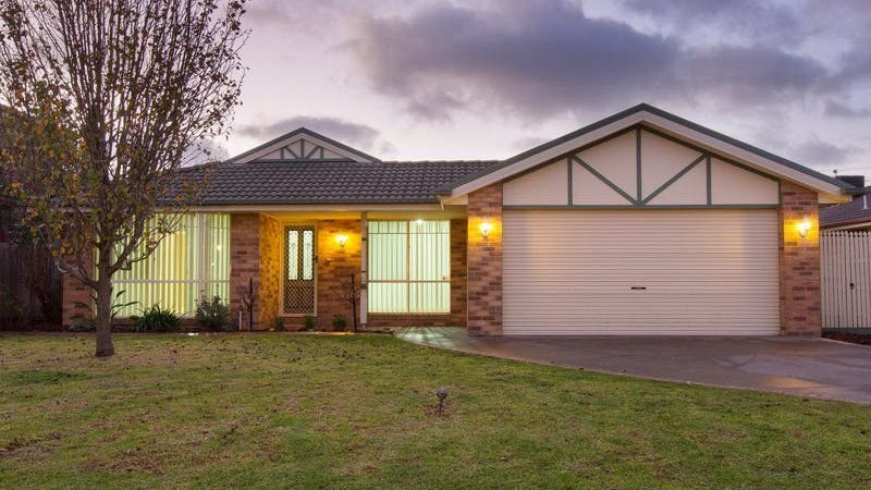 10 The Quays, Narre Warren South, Vic 3805