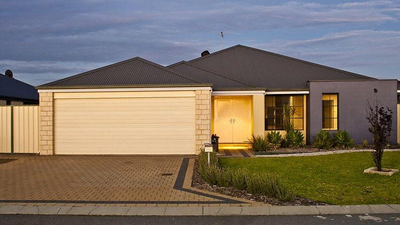 18 Donegal Court, Seville Grove, WA 6112