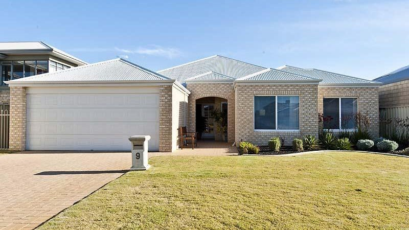 9 Shivery Fawy, Secret Harbour, WA 6173