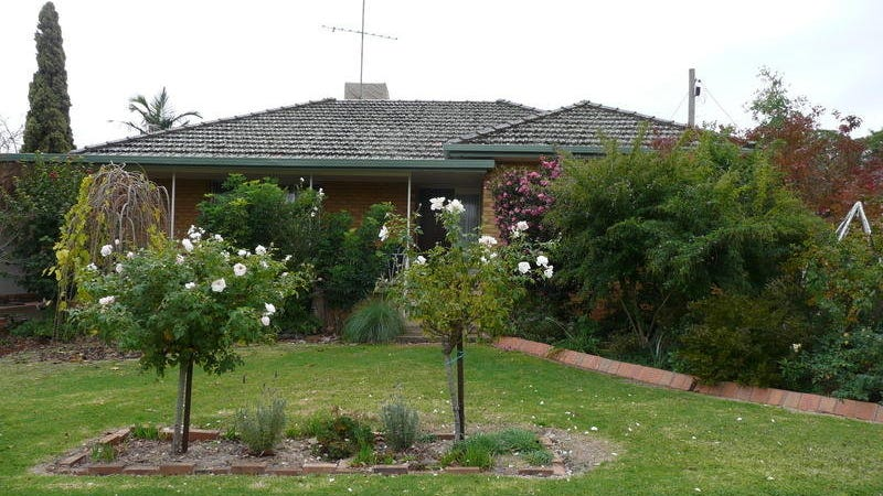 5 Almoola Street, Griffith, NSW 2680