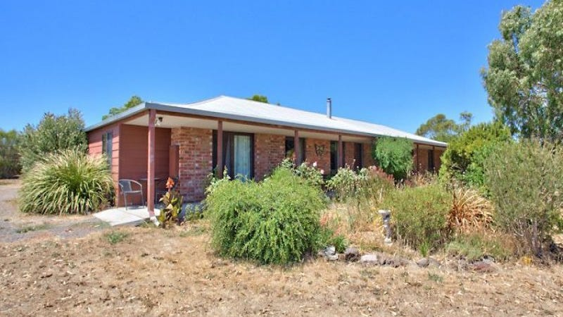 99 Learmonth Road, Clunes, Vic 3370