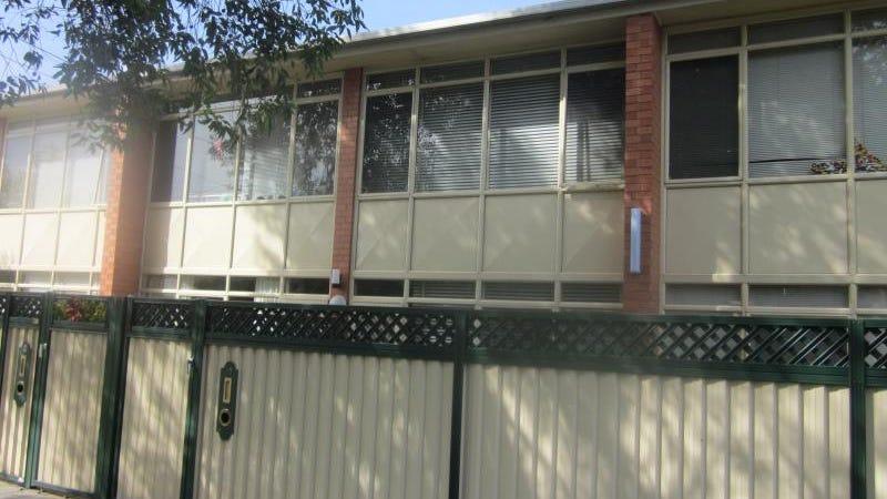 U 10/8 Kangaroo Road, Murrumbeena, Vic 3163