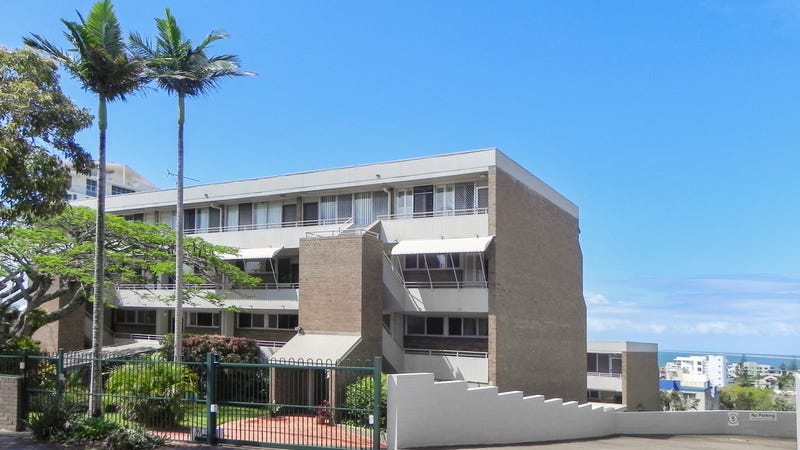 5 12 queen street kings beach qld 4551