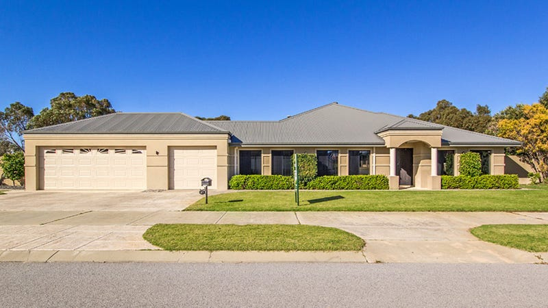 49 Miltona Drive, Secret Harbour, WA 6173