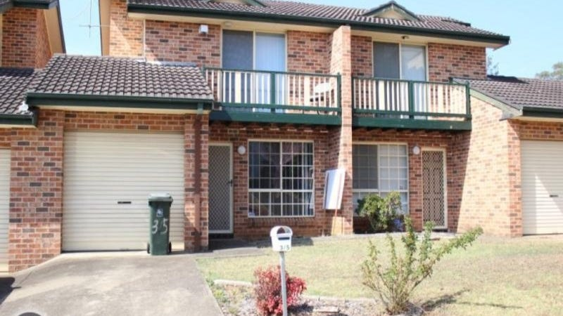 3/5 Wickfield Circuit, Ambarvale, NSW 2560