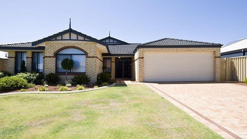 11 Nottely Cres, Secret Harbour, WA 6173