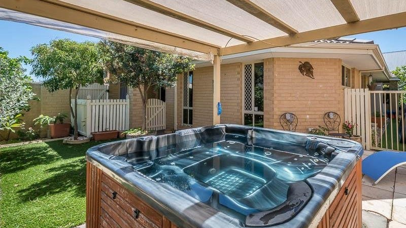 27 Phoenix Terrace, Hocking, WA 6065