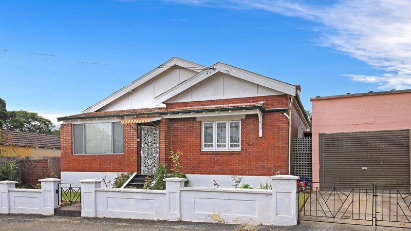 2 Harcourt Avenue, Campsie, NSW 2194