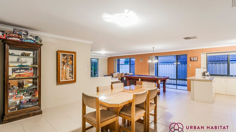 12 Carramup Circle, Port Kennedy, WA 6172