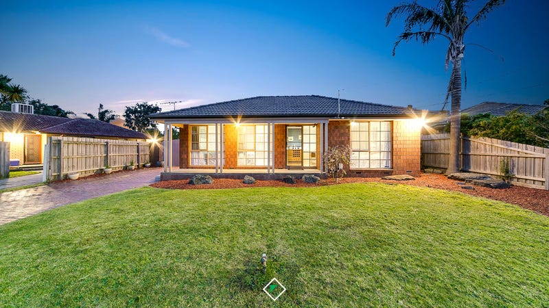 22 Thomas Cres, Cranbourne, Vic 3977