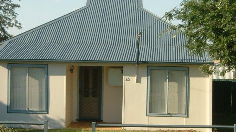 32 Burnett Street, Delungra, NSW 2403