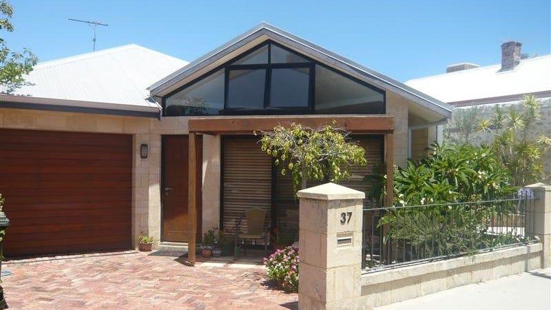 37 Howard Street, Fremantle, WA 6160