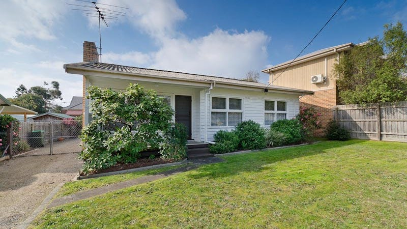 7 Seaview Avenue, Mornington, Vic 3931