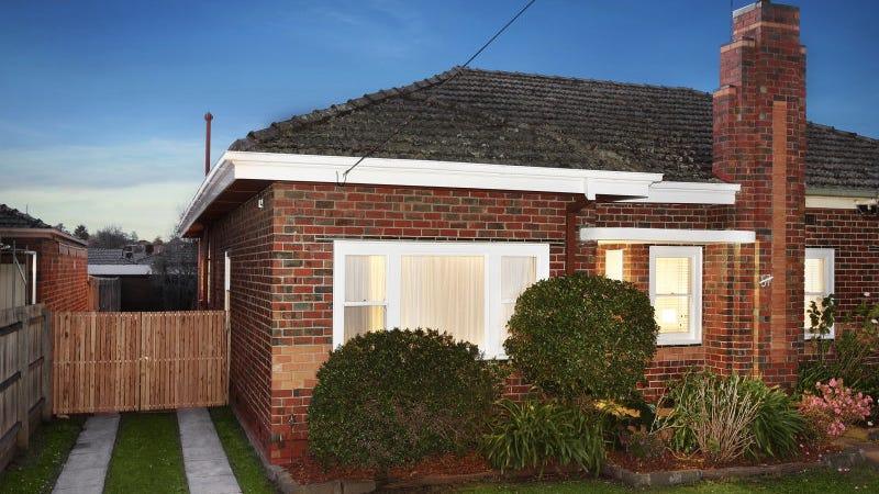57 Kangaroo Road, Murrumbeena, Vic 3163