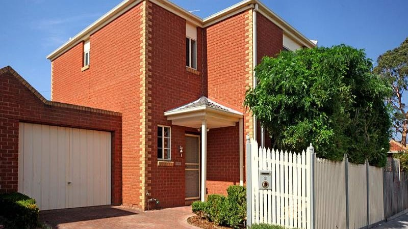 2/3 Watson Grove, Glen Huntly, Vic 3163