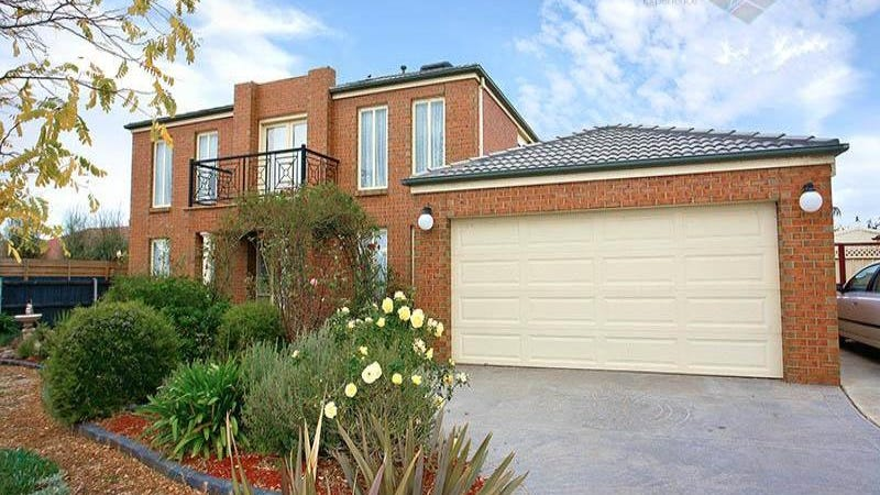 9 Prahn Court, Brookfield, Vic 3338