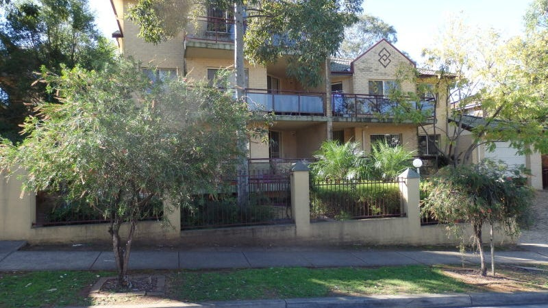 15-23 Mowle Street, Westmead, NSW 2145