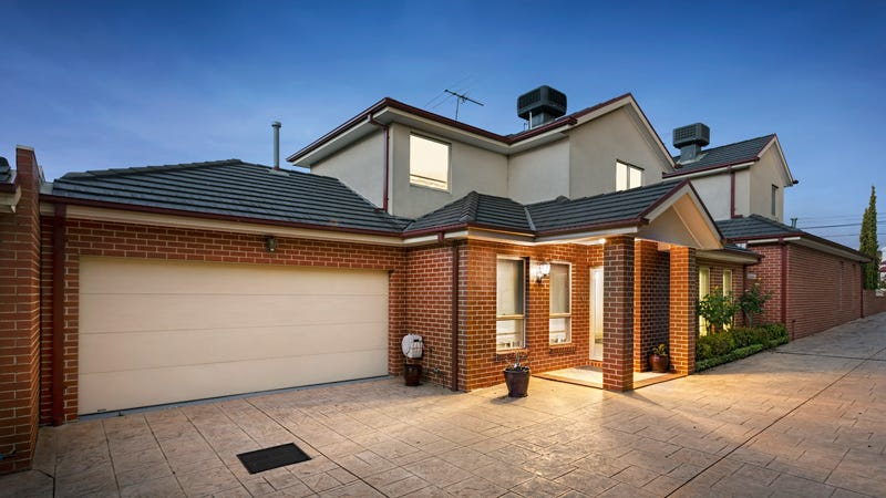 2/19 Grice Cres, Essendon, Vic 3040