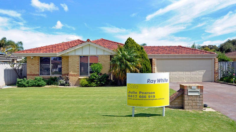 35 St Andrews Loop, Cooloongup, WA 6168