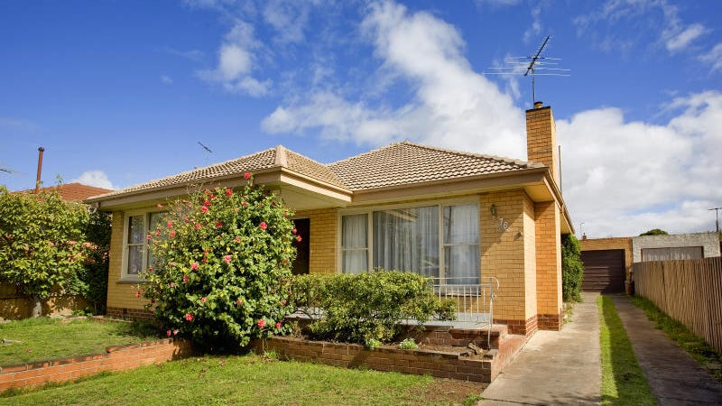 76 Mccurdy Road, Herne Hill, Vic 3218