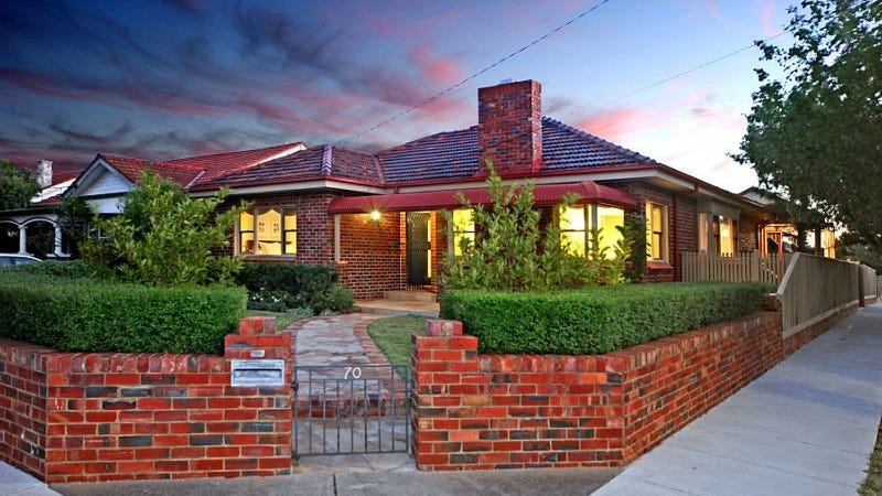 70 Kangaroo Road, Murrumbeena, Vic 3163