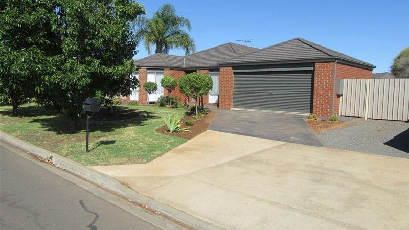 23 Etherington Drive, Mildura, Vic 3500