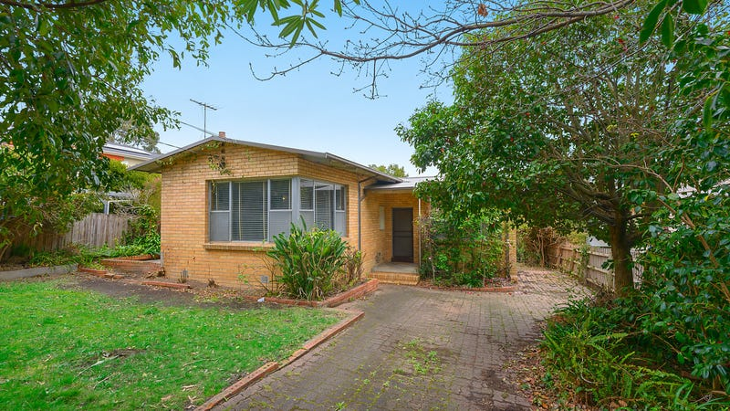 8 Selwyn Street, Blackburn, Vic 3130