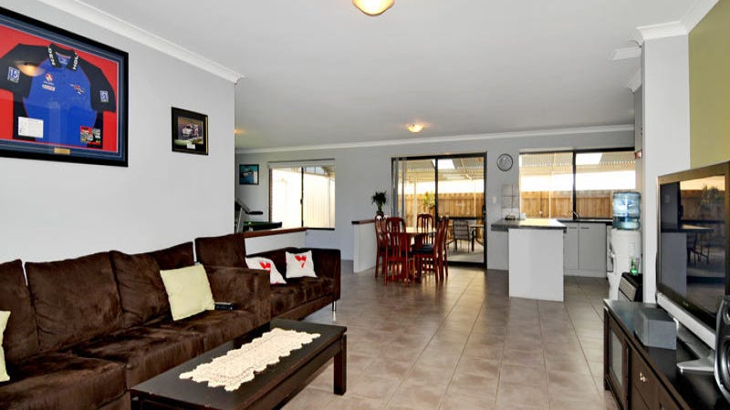 82 Burleigh Drive, Australind, WA 6233
