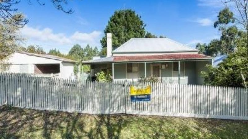 58 Main Road, Beech Forest, Vic 3237