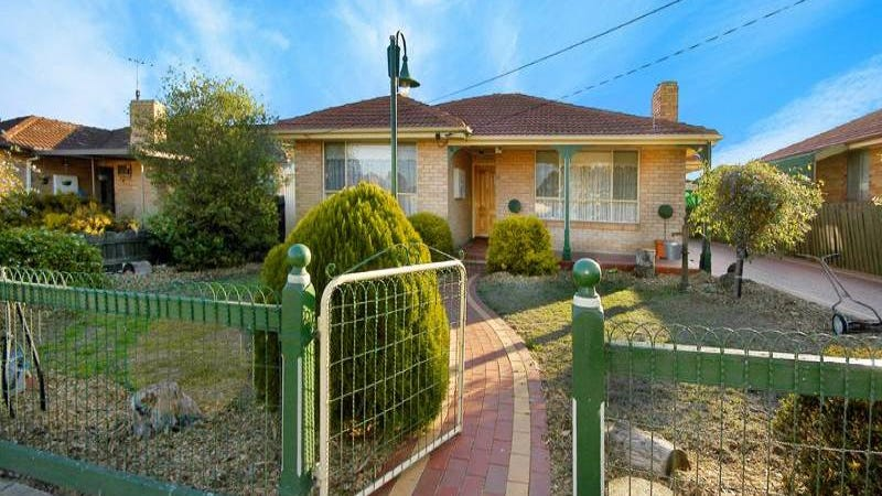 7 Moffat Street, Avondale Heights, Vic 3034
