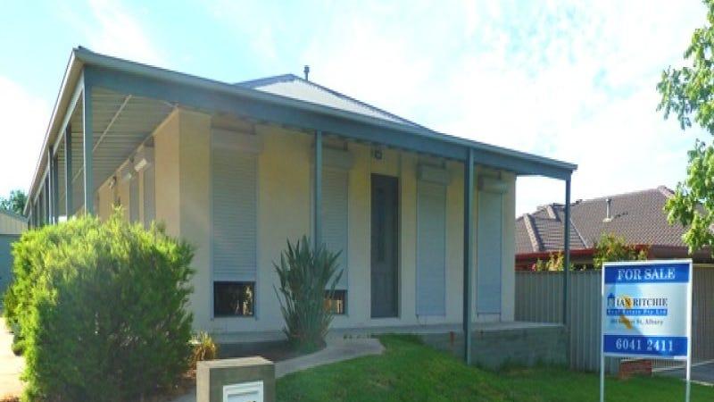 10 Wattle Way, West Albury, NSW 2640