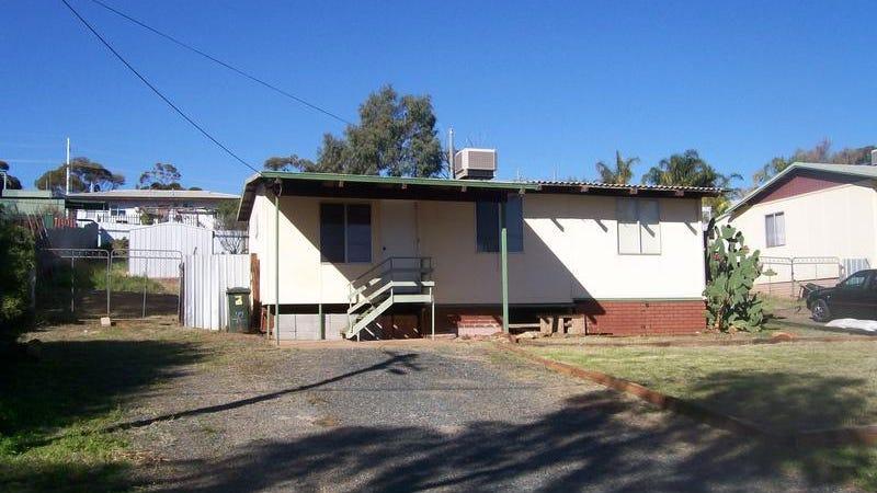 42 Serpentine Road, Kambalda East, WA 6442