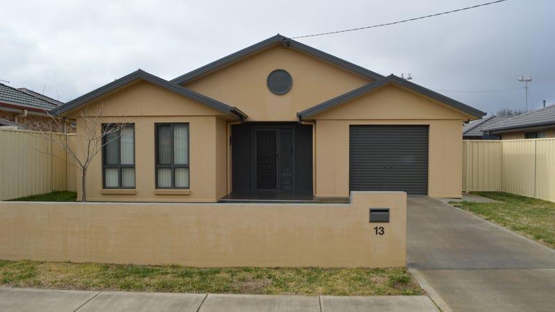 13 Manion Street, Goulburn, NSW 2580